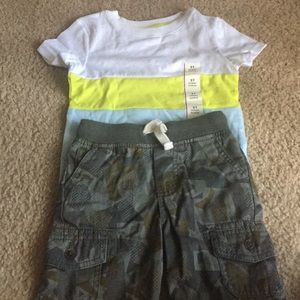 Brand new 2t 2 pair of outfits. 4 for 15.
